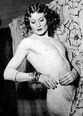 Man Ray (Cabaret Queer) Tags: