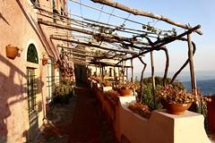Passeggiando a Verezzi (c.colombini) Tags: beautifulview italy panorama borgoantico colori borgo liguria verezzi