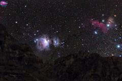 Nebulosa de Orión, Cabeza de caballo y la flama sobre los picos del Cajón del Maipo. (AstronomíaNovaAustral) Tags: astronomy astrofotografia astronomianovaaustral astrofotografía astrophotography cajondelmaipo stars space sky sonyalpha sonya77 orionnebula orión ioptron constelacion espacio nightsky milkyway universe sonyphoto chileansky estrellas nebulosas nebula minolta chile constellation landscpe