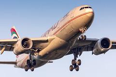 A6-EYJ Etihad Airways Airbus A330-243 (buchroeder.paul) Tags: eddl dus dusseldorf international airport germany europe final dawn a6eyj etihad airways airbus a330243