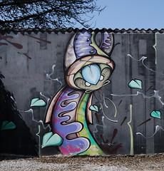 Nacre (Thethe35400) Tags: artderue arteurbano arturbain arturbà arteurbana calle fresque grafit grafite grafiti graffiti graffitis graff mural murales muralisme plantilla pochoir stencil streetart schablone stampino tag urbanart wall