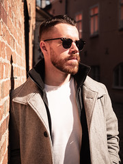 Herman_20190421_1906 (roni.laakso94) Tags: herman turku outdoor finland city sights nature moody yellow orange sunny spring photoshooting model man sunnies sunglasses photography varsinaissuomi forest