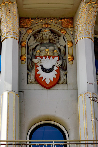 "KN-Verlagsgebäude (07) • <a style=""font-size:0.8em;"" href=""http://www.flickr.com/photos/69570948@N04/47606223472/"" target=""_blank"">Auf Flickr ansehen</a>"