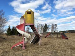 Playtime is over 4 (hoekmannen) Tags: hoekmannen lekpark rastplats övergivet abandoned playground rutschkana verlassen sweden schweden