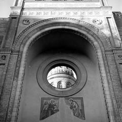 Michaelkirche (ucn) Tags: rolleiflex35b mutar07x agfacopexrapid tessar75mmf35 berlin mitte michaelkirche architektur architecture ruin ruine filmdev:recipe=12019 adoxadoluxatm49 developer:brand=adox developer:name=adoxadoluxatm49
