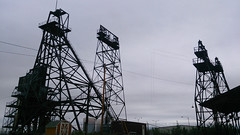 Butte Belmont Mine Headframe (▓▓▒▒░░) Tags: sony mobile cellphone xperia butte montana street graffiti mural buildings wall art signs color mine mining history ore copper road trip american west