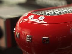 MEG (Riccardo Mori) Tags: valencia red olympus e420 lettering type button coffee coffeemachine mf shopstore