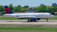 N328NW Airbus A320-211 Delta (SamCom) Tags: n328nw airbus a320211 delta a320