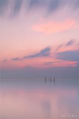 Empyrean Pink! (karindebruin) Tags: jos nd06hardgrad rockanje thenetherlands visnetten voorneputtenwestvoorne zonsondergang zuidholland beach fishingnets sand sea strand sunset zand zee