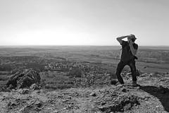 One step back (picsessionphotoarts) Tags: bayern bavaria deutschland germany franken franconia nikon nikonphotography nikonfotografie nikond850 moments weitwinkel polfilter oberfranken felsen rock landschaft landschaftsfotografie landscapephotography fränkischeschweiz walberla afsnikkor20mm118ged