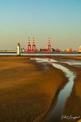 Sunset over Liverpool Bay near New Brighton (Phil Longfoot Photography) Tags: sunset sun golden landcape landscape photography river bay sea liverpool newbrighton wirral wirralpeninsula