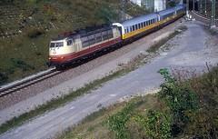 103 226  Kornwestheim  19.09.93 (w. + h. brutzer) Tags: kornwestheim eisenbahn eisenbahnen train trains deutschland germany elok eloks railway lokomotive locomotive zug 103 db webru e03 analog nikon
