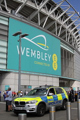 BX66HEV / AGZ BMW X5 of the Met Police at Wembley for the FA Cup Final (Ian Press Photography) Tags: bmw x5 arv police 999 emergency service services met metropolitan london officer officers bx66hev wembley for fa cup final agz