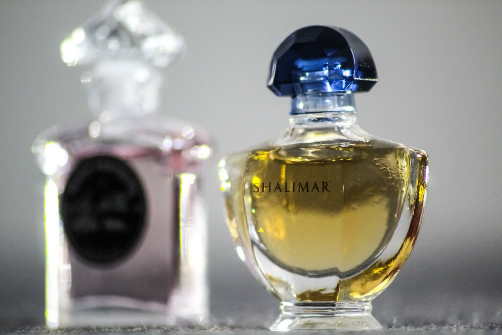 The Posted Guerlain And Most Photos Of Parfum World's Recently SMVpGqUz