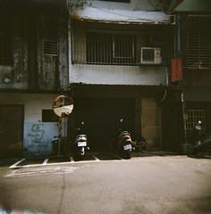 (Janeprogram) Tags: holga120n пленка filmphotography 120mm lomography400