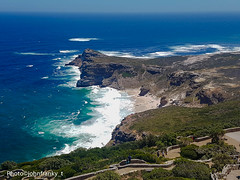 Cape of Good Hope-South Africa   Capo di Buona Speranza-Sudafrica (johnfranky_t) Tags: capo di buona speranza sudafrica south africa cape good hope johnfranky t samsung galaxy s7 oceano indiado atlantico mare blu onde penisola vegetazione verde muretto
