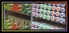 J'aimerais la 3ème boîte de la 5ème colonne de la 2ème étagère (Terra Pixelis) Tags: colmar hautrhin alsace boite sardines thon vitrine orange vert