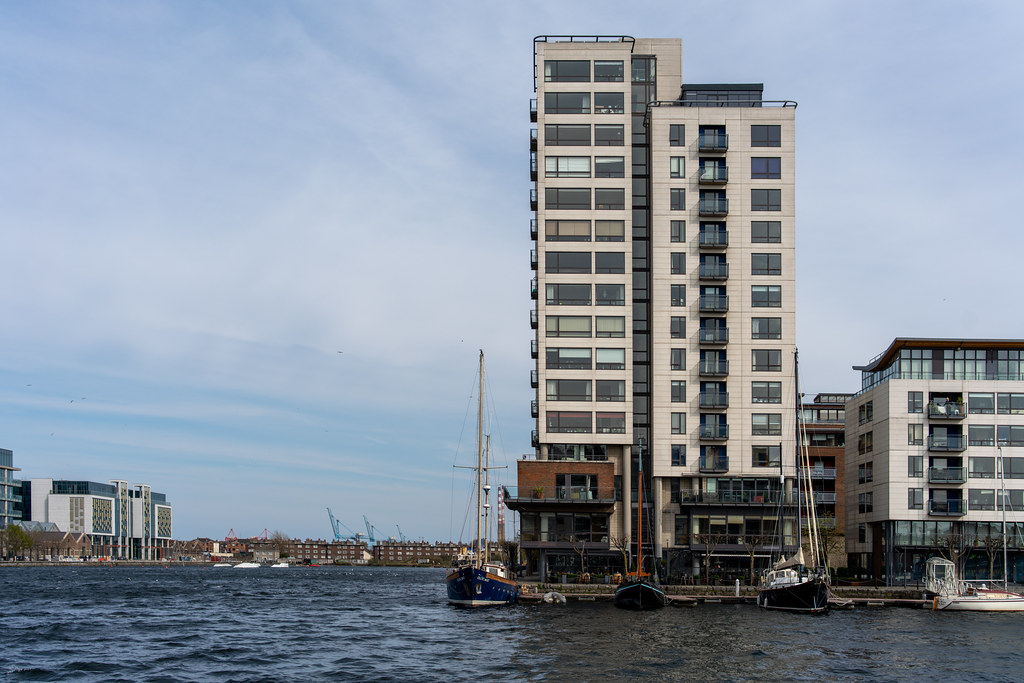 GRAND CANAL SQUARE AND NEARBY [DUBLIN DOCKLANDS]-151604
