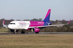 G-WUKB_AirbusA320-200_WizzAir_LTN (Tony Osborne - Rotorfocus) Tags: airbus a320 a320200 wizz air uk london luton airport 2019 ltn