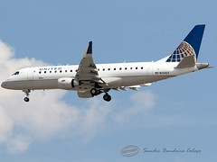 N134SY United Express (SkyWest Airlines) Embraer 170-200LR (Sandro Bandeira Colaço) Tags: kord ord chicago embraer 170200lr registration n134sy airline united express skywest airlines aircraft airport ohare intl