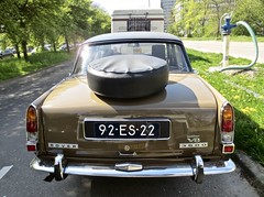 92-ES-22 ROVER P6 3500 V8 MK2 Saloon 1975 (ClassicsOnTheStreet) Tags: 92es22 rover p6 3500 v8 mk2 saloon 1975 roverp6 rover3500 p63500 bache bashford king spenking gordonbashford davidbache 8cylinder 8cilinder brits british 70s 1970s sedan pkw berline classiccar classic oldtimer klassieker veteran oldie classico gespot spotted carspot amstelveen saskiavanuylenburgweg 2019 straatfoto streetphoto streetview strassenszene straatbeeld classicsonthestreet cwodlp onk es