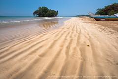 IMG_7538.jpg (Dhammika Heenpella / CWSSIP Images of Sri Lanka) Tags: dhammikaheenpella traveldestination placesofinterest ශ්රීලංකාවේචායාරූප ධම්මිකහීන්පැල්ල ශ්රීලංකාව weligamabeach මුහුදුවෙරළ imagesofsrilanka srilanka වැලිගම ශ්රීලංකාවේෆොටෝ taprobaneisland landmark taprobane island