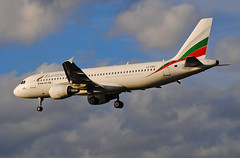 Bulgaria Air A320 (Infinity & Beyond Photography: Kev Cook) Tags: airlines bulgaria air airbus a320 aircraft airplane airliner london heathrow airport lhr myrtle avenue ave photos planes