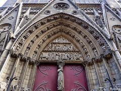 180718-128 Adieu belle Notre-Dame (2018 Trip) (clamato39) Tags: notredamedeparis paris france europe cathédrale cathedral monument historique religieux religion voyage trip architecture olympus urban urbain city ville
