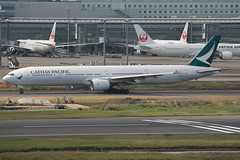 B-HNE B777-300 Cathay Pacific (JaffaPix +5 million views-thanks...) Tags: bhne b777300 777 b777 b773 boeing cx cpa cathaypacific jaffapix davejefferys tokyoairport japan aircraft airplane aeroplane aviation flying flight runway airline airliner hnd haneda tokyohaneda hanedaairport rjtt planespotting