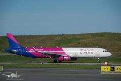 Wizzair - HA-LXN - A321-200 (Aviation & Maritime) Tags: halxn wizz wizzair airbus a321 a321200 airbus321 airbus321200 bgo enbr bergenairportflesland bergenlufthavnflesland bergen flesland norway