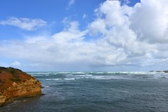 800_4583 (Lox Pix) Tags: twelveapostles australia victoria loxpix loxwerx landscape scenery seas seascape ocean greatoceanroad cliff clouds waves helicopter heritage