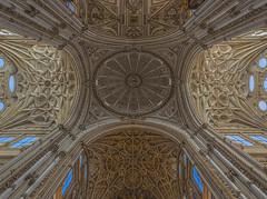 Mezquita-Catedral de Córdoba (ulrichcziollek) Tags: spanien andalusien cordoba mezquita catedral kirche kirchenschiff gewölbe kathedrale renaissance