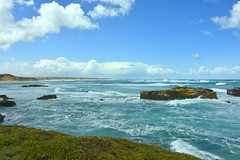 800_4524 (Lox Pix) Tags: twelveapostles australia victoria loxpix loxwerx landscape scenery seas seascape ocean greatoceanroad cliff clouds waves helicopter heritage