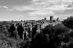 Una favola antica...!!! (Biagio ( Ricordi )) Tags: vitorchiano viterbo borgo medievale paesaggio architettura castello lazio bw