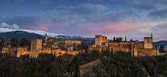 GRANADA/winter sunset (inigolai) Tags: granada spain españa city cities ciudad europa hill sabikahill palace alhambra palacio unesco unescoheritagesite history arabicarchitecture arquitectura cultura culturaarabica arabe fortaleza castle fortress travel traveller tourism cielo sky clouds nubes landscape paisaje scenery scenic panoramicview view panorama andalucia oldtown oldcity old unescoworldheritage world planeta worldwide color vistapanoramica valle colina mountains redcastle albaicin colinas cityscape buildings sunset sunsetclouds sunsetcolors atardecer atardeceres sunsets montañas sierranevada snow winter nikon image europe