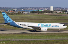 Airbus A330-800 Neo F-WTTO (birrlad) Tags: toulouse tls international airport france aircraft aviation airplane airplanes airline airliner airlines airways airbus a330 a338 a330800 a330841 neo fwtto prototype testing airtest arrival arriving landing landed runway