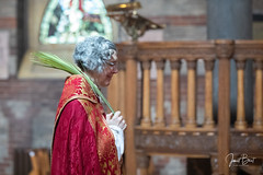 _MG_0193 (redroofmontreal) Tags: red palmsunday stjohntheevangelist saintjohntheevangelist church christian anglican anglocatholic highanglican montreal janetbest janetbestphoto mass churchservice procession