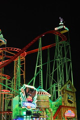 Wilde Maus XXL (CoasterMadMatt) Tags: hydeparkswinterwonderland2018 hydeparkswinterwonderland hydepark winterwonderland hyde park winter wonderland christmasfair christmas fair fairs fairground englishfairs fairsinengland ride rides attraction attractions wildemausxxl wildemaus wilde maus xxl rollercoasters rollercoaster roller coaster coasters cityofwestminster westminster londonboroughs london2018 london city cities englishcities citiesinengland capitalcityofengland capitalcity capital southeastengland southeast england britain greatbritain unitedkingdom gb uk europe december2018 autumn2018 december autumn 2018 coastermadmattphotography coastermadmatt photos photography photographs nikond3200 illuminated illumination atnight litup lights inthedark nighttimephotography