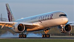 A7-ALX (AnDyMHoLdEn) Tags: qatar a350 oneworld egcc airport manchester manchesterairport 05r