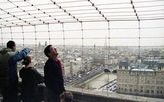 Notre-Dame de Paris (triebensee) Tags: nikon fm nikkor 50mm f14 epsonv700 paris kodakgold800 1997
