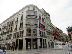Room Mate Larios Hotel (Gerald (Wayne) Prout) Tags: roommatelarioshotel marquesdelarios malaga andalusia spain prout geraldwayneprout canon canonpowershotsx60hs powershot sx60 hs digital camera photographed photography architecture building hotel larios roommate shopping pedestrian