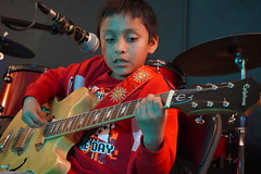DSC01639 (NYC Guitar School) Tags: nycgs nyc new york city guitar school recital 41319 performance music kids teens band rock plasticarmygirl ues 2019 upper east side