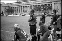 Meanwhile on the bench (waex99) Tags: 2019 400iso bosse epson kodak leica m6 padang philippe singapore trix april film lugs v800 sport socker football foot man men bench 100plus group blanc white bw nb rangefinder telemetre match competition
