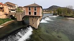 Le moulin du Pont Vieux (Un jour en France) Tags: moulin pont millau tarn rivière architecture art cascade cielpaysage nature canoneos6dmarkii canonef1635mmf28liiusm france mill bridge