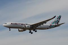 Air Italy A330-202 (EI-GGO) LAX Approach 2 (hsckcwong) Tags: airitaly a330202 a330200 a330 eiggo lax klax
