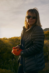 Chenia (Alberto Lacasa) Tags: chenia amor love retrato portrait primavera spring person persona people sun sol mountain sunglasses