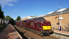 West Coast Railways Class 37 37668 At Maryhill Station on service 5Z52 (05-07-18) (Ricardo_Cameron) Tags: trains wcrc railtours steam black5 375 tractor 37516 37668 lochlaidon 45212