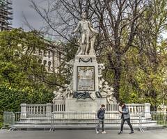 Mozart Monument (Cocoabiscuit) Tags: cocoabiscuit vienna austria ringstrasse olympus omdem5 wien burggarten bundesgarten gardens