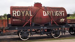 Vintage 'Royal Daylight' tank wagon - Didcot Railway Centre, Didcot, Oxfordshire, England. (edk7) Tags: olympuspenliteepl5 edk7 2016 uk england oxfordshire didcot greatwesternsociety didcotrailwaycentre greatwesternrailway gwr railwaymuseum preservationengineeringsite train rail railway railroad rwy rr mechanical vintage classic gravel derelict abandoned tankcar tankwagon royaldaylight tanker angloamericanoilcoltd registeredtocarry10tonsin1912