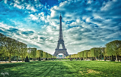 Verde (nicolamariamietta) Tags: paris tour eiffel champs de mars hdr architecture buildings trees perspective people sky clouds daylight travel tripod sonya7 mirrorless canonfd 28 mm landscape cityscape city france colors street photography